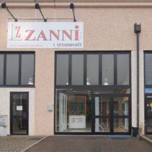 zanni-serramenti-showroom-casalgrande-esterno
